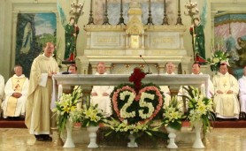 TGM Ngô Quang Kiệt mừng 25 năm linh mục